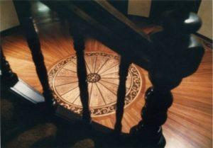 Podłoga intarsjowana rotunda
